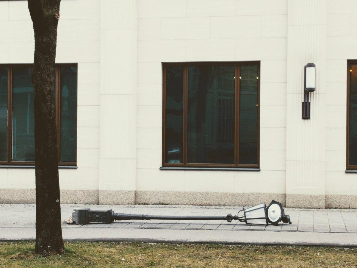 Die vielleicht faulste Laterne Münchens