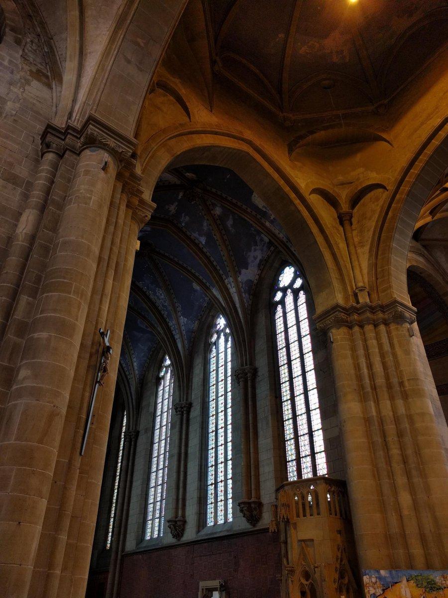 Notre Dame und Ostern